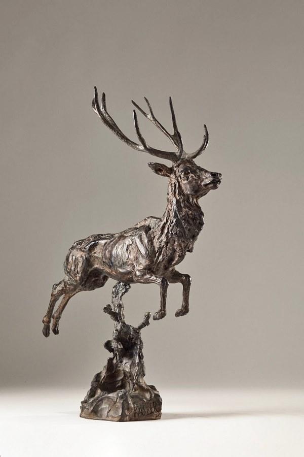 Kasper-sculpteur-_Cerf_-bronze