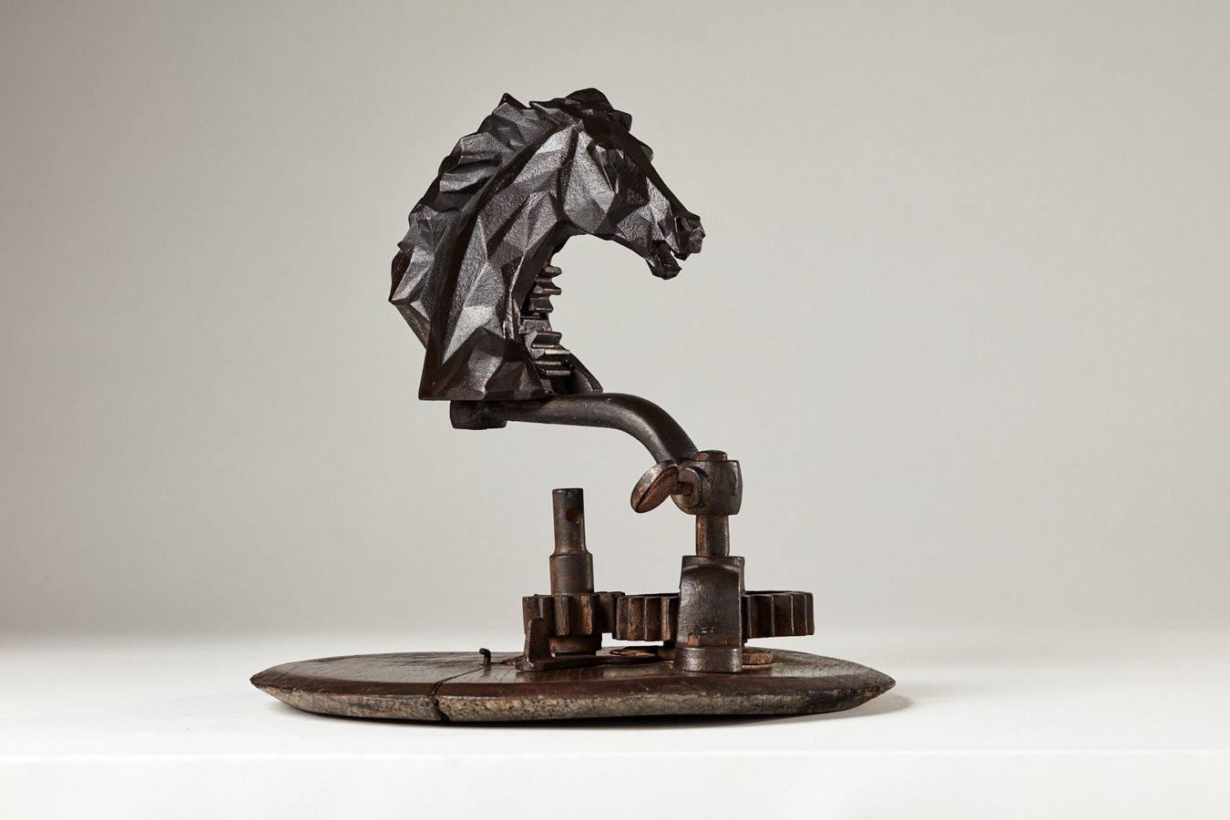 Kasper sculpteur _Cheval mécanique_ bronze