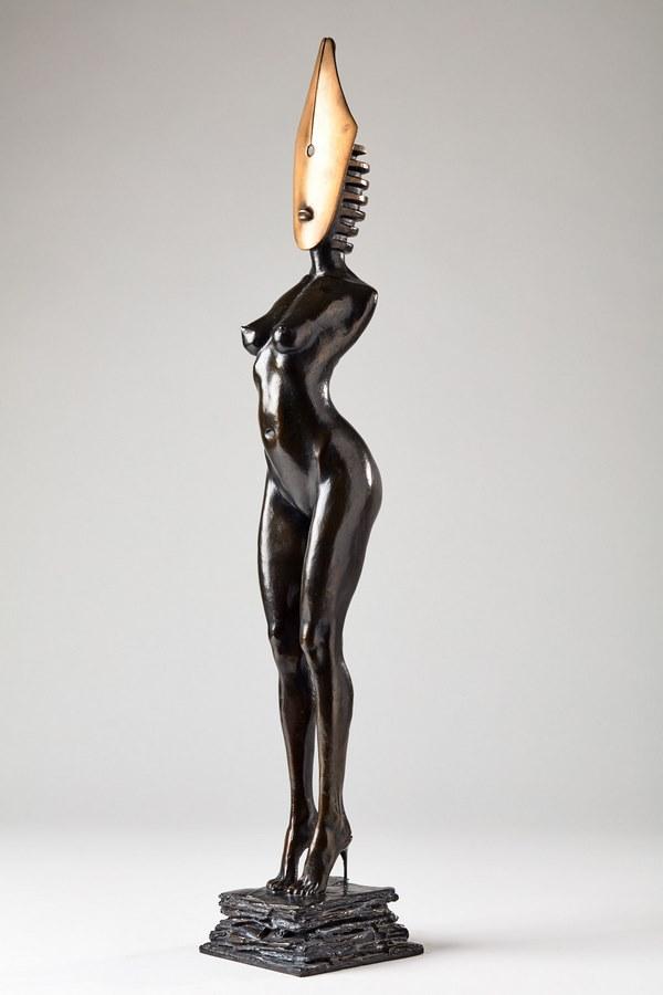 Kasper sculpteur _Femme Plume _ bronze numéroté 1_8