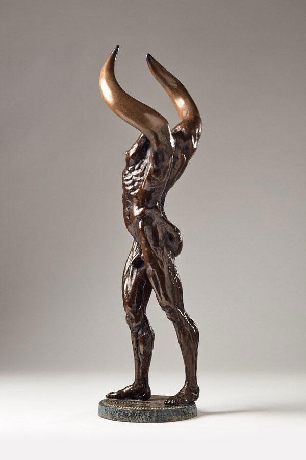 Kasper-sculpteur-_Minotaure_-bronze